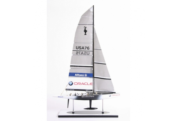 2007-bmw-oracle-sailboat-model