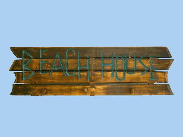 20909-wooden-brown-beach-house-sign-with-pegs-38-inch[1]