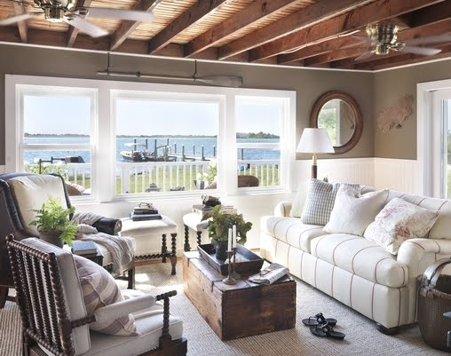 cozy-nautical-living-room