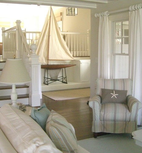 5 evergreen nautical home decorating ideas go nautical - Decorating a beach house on a shoestring ...