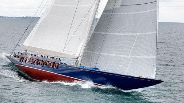 Endeavour-sailing-yacht