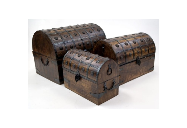 nesting-wooden-pirate-chests-set-of-3